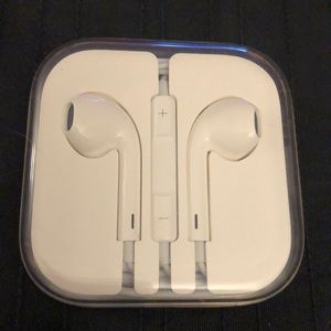 Earphones for iPhone. Never opened case